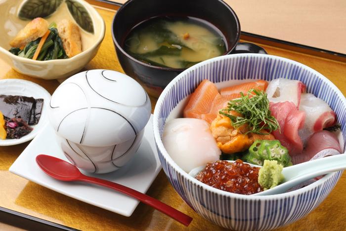 海鮮藁炙り丼